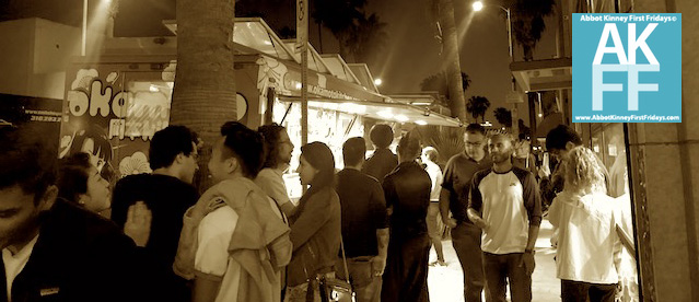crowd-browsing-foodtrucks-abbotkinney1st-060118-sepia-feature