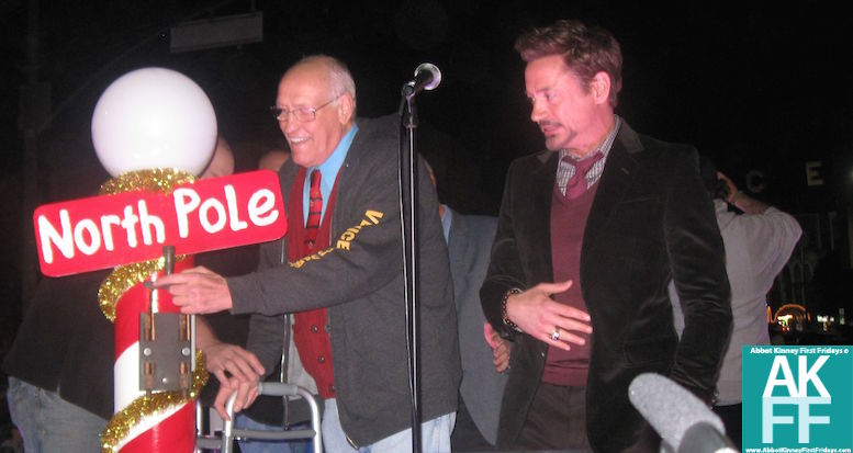 Robert Downey JR-Bill Rosendahl-Venice Sign Lighting-2012