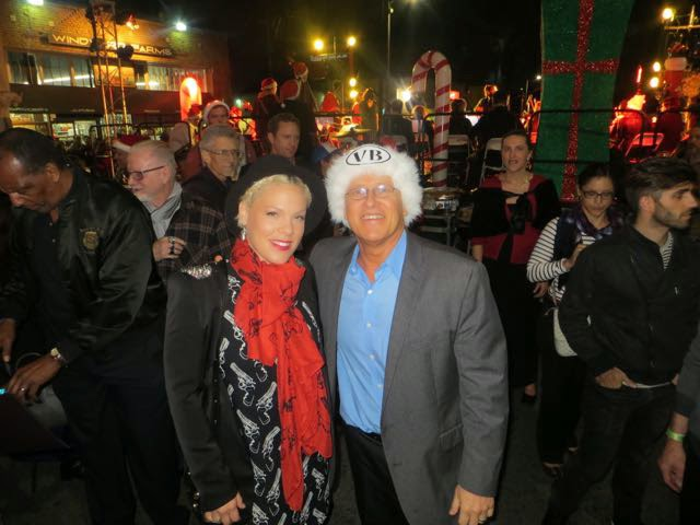 Venice Holiday Sign Lighting 2014 with Pink and Mike Bonin