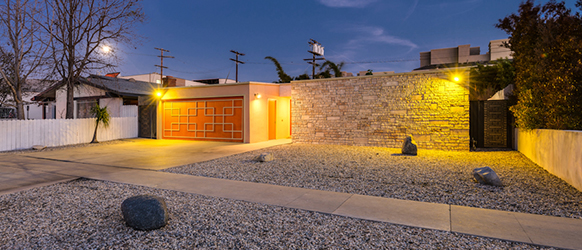 Mid-Century Modern Home Custom Built, Entertainer's Dream!
