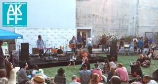 Venice Art Walk-2015-Google-courtyard-band