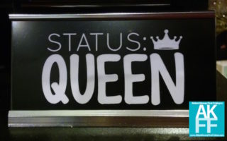 Status Queen-MAIN STREET TREE LIGHTING 2017-AKFF.