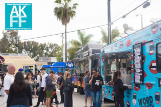 abbotkinney1st-foodtrucks-palms-crowd-wordofmouth-040218